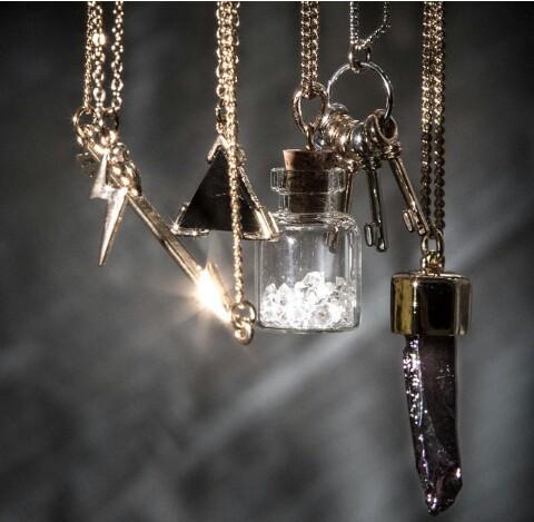 accessories-alternative-arrow-beautiful-favim-com-2356398